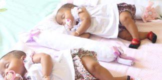 schlafende Zwillinge es sind zwei